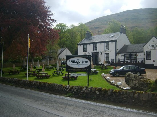 The Village Inn: Front of Village Inn