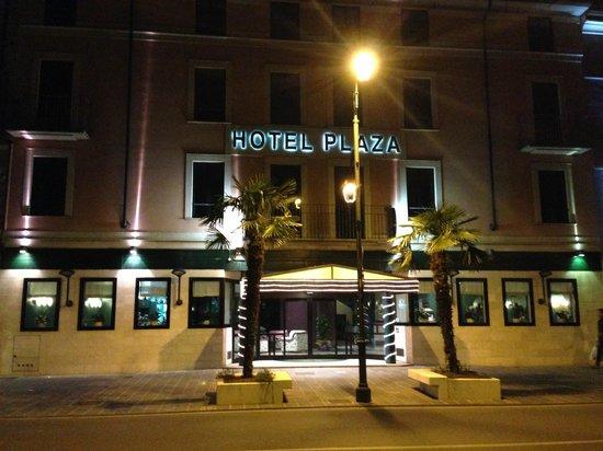 Hotel Plaza: Esterno dell'Hotel