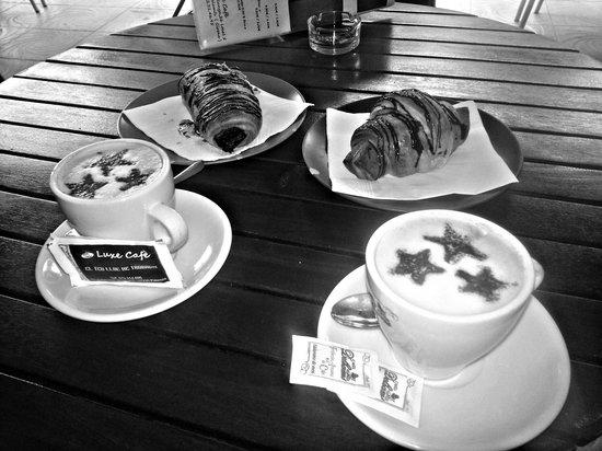 Luxe Cafè: Un buen desayuno en nuestro punto de encuentro! ^^