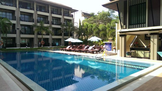 Ananta Burin Resort : Pool