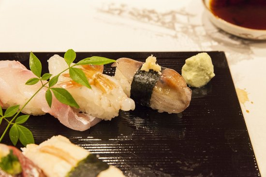 Janome Sushi, Honten: Close up of the raw baby cuttlefish