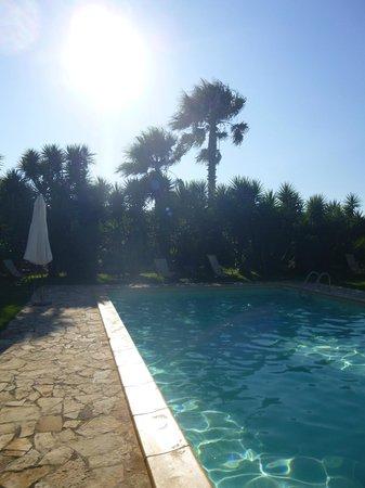 Masseria Baroni Nuovi: piscine