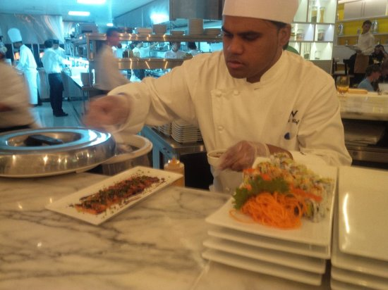 Market by Jean-Georges: Mohd Didi in action (sushi)