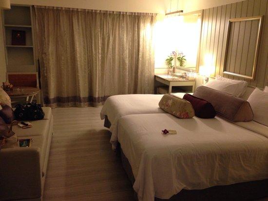 Katathani Phuket Beach Resort: Deluxe Room garden views