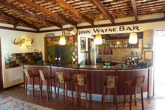 Hatari Lodge: John Wayne Bar