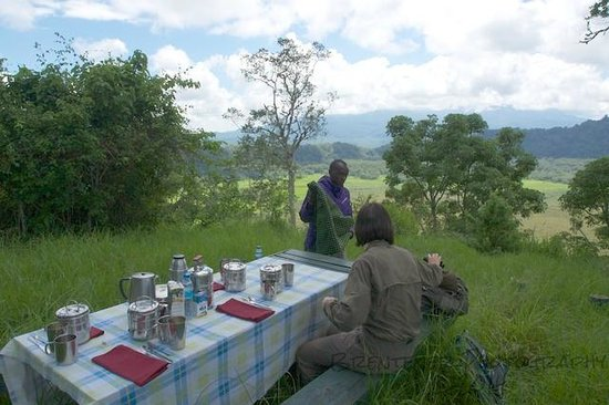 Hatari Lodge: Lunch
