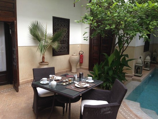 Riad Assakina : Outside breakfast/lunch/dinner area.