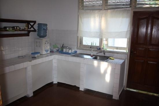 Prima Cottage : ruime keuken