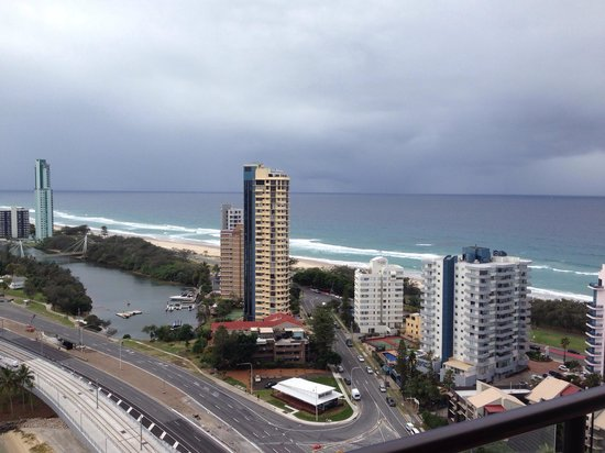 Surfers Paradise Marriott Resort & Spa: View from Ocean view room level 21