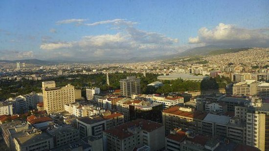 Hilton Izmir: Mountain view of Izmir from our hotel window
