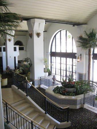 The Westin Lake Las Vegas Resort & Spa: The hotel foyer