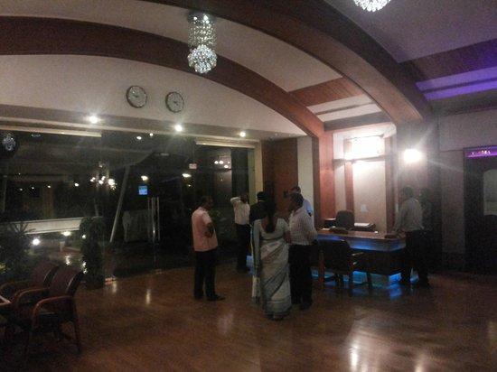 The Grand Regent: The Lobby Area