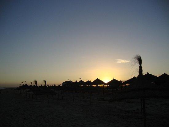 Medina Belisaire & Thalasso: beach sunset