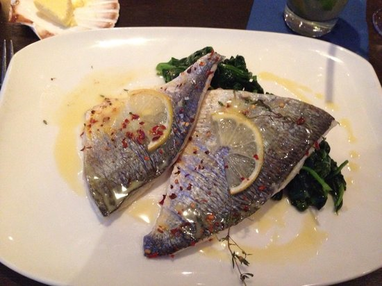 The Jetty : Whole filleted sea bream