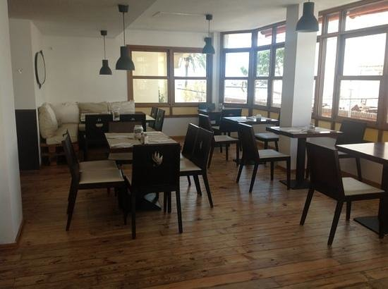 Restaurante Ambrosia: New Space upstairs with Seaview