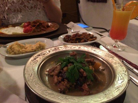 Babylonia Garden Terrace : traditional ottoman dish