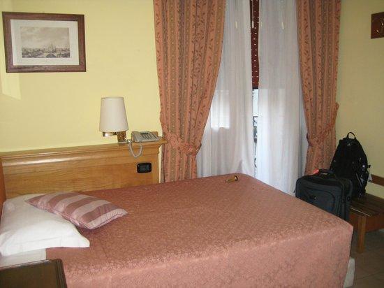Hotel Bagliori: Small Double