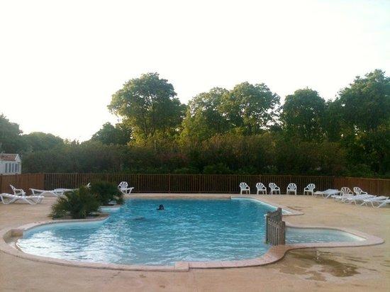 Domaine de la Bastide : La piscine chauffé