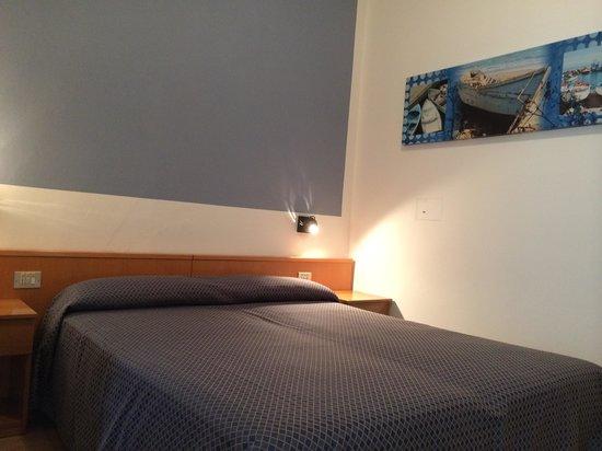 Hotel Touring : letto