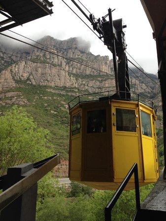 Montserrat Monastery : ロープウェイ