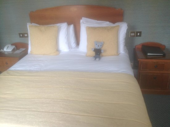 The Carlyon Bay: Comfy Bed