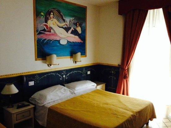 Hotel Europeo & Flowers: Camera 411