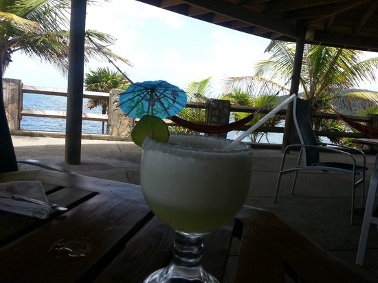 Paya Bay Resort : Margarita time