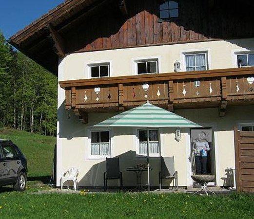Bauernhof Feichtingerbauer: Das Haus von der Rückseite