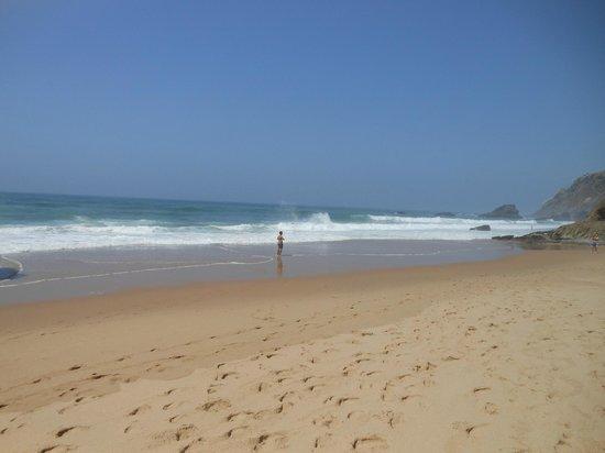 Adraga Beach: La spiaggia deserta