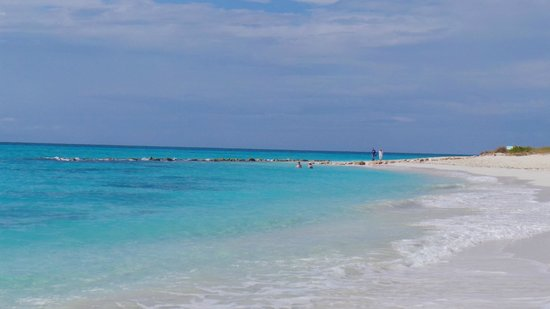 Club Med Turkoise, Turks & Caicos : Right side of beach