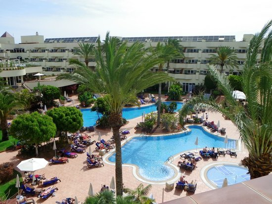 Barcelo Corralejo Bay: Pool Area