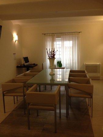 Demetra Hotel: start of dining room