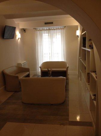 Demetra Hotel: quiet area