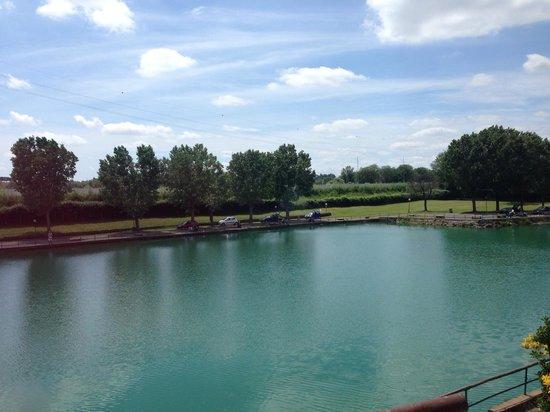La vista dal ristorante foto di il laghetto roma for Il laghetto