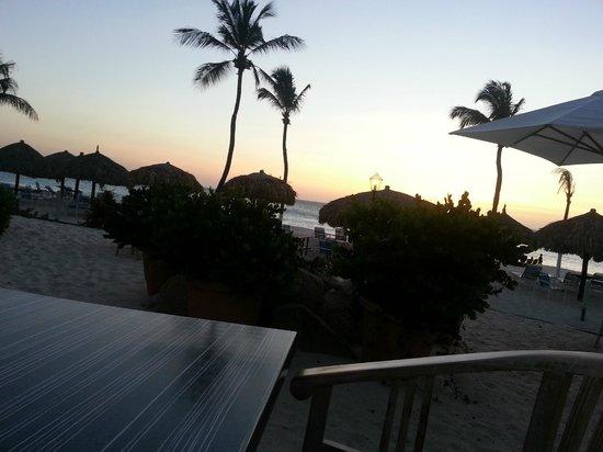Costa Linda Beach Resort: Sunset