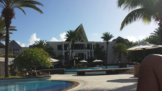 The Residence Mauritius: Vista piscina