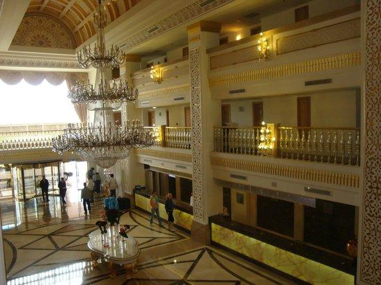Alva Donna Exclusive Hotel & Spa: Центральный вход, ресепшн