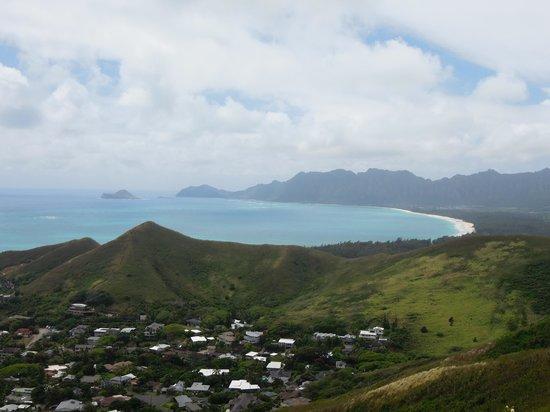 Lanikai Pillboxes: 頂上からの景色