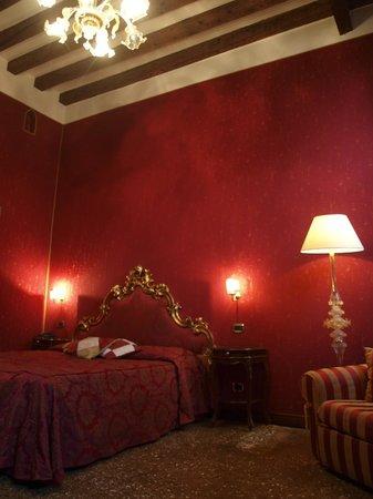Hotel Al Ponte Mocenigo: Room 9