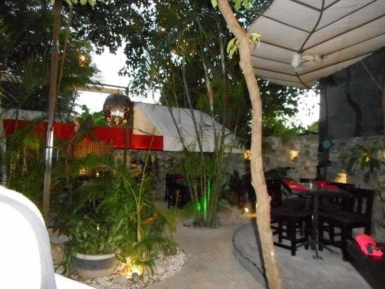 Kinta Mexican Bistro : Patio