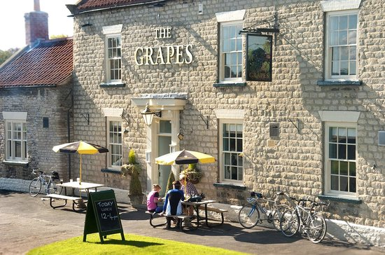‪The Grapes Inn‬