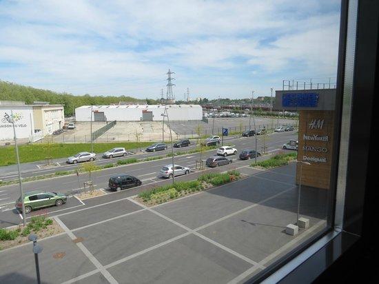 Ibis Styles Caen Centre Gare: Вид из окна