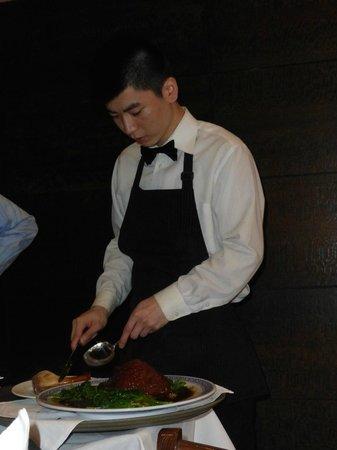 "Peking Duck House : Preparing our ""Ham Hock"""