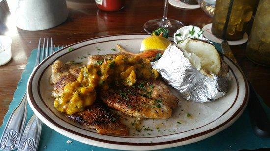Little Bar Restaurant: Blackend Snapper with Mango Sauce