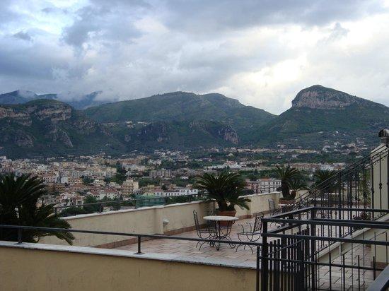 Cristina Hotel: vue de la chambre 403