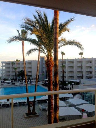 Hotel Garbi Ibiza & Spa : Panorama sulla struttura