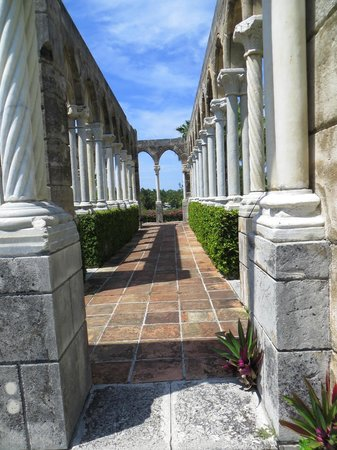 The Cloisters Nassau : Lots of photo ops