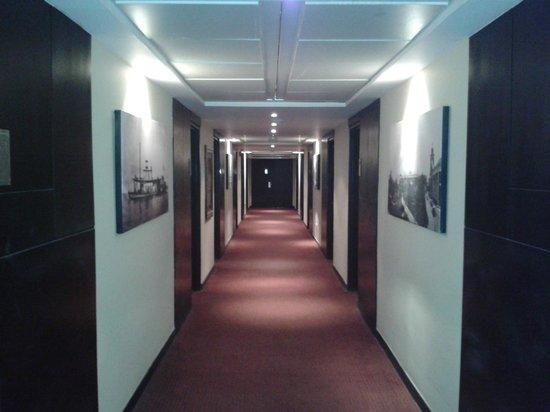 Hotel Kristoff: Pasillo