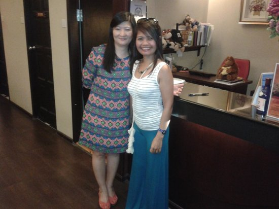 Hotel Eden54: Me and Ling ling, the friendly Front Desk Officer
