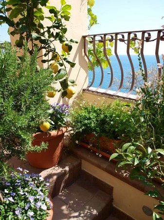 Hotel - Albergo California Positano: beautiful views from all angles
